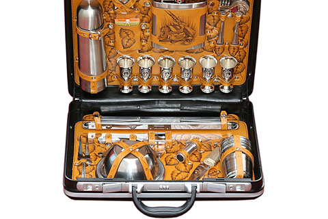 набор для пикника в кейсе