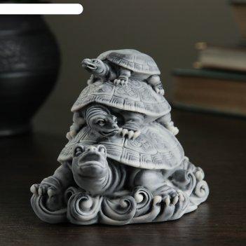 Сувенир три черепахи (пирамидка) 8см