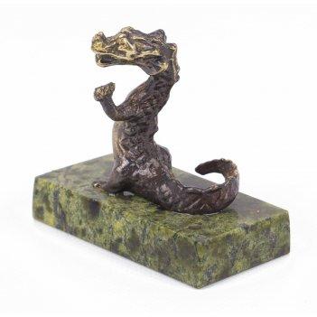 Статуэтка дракон бронза змеевик 50х25х45 мм 65 гр.