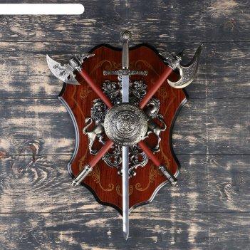 Геральдика, щит с горгоной, меч и 2 топора