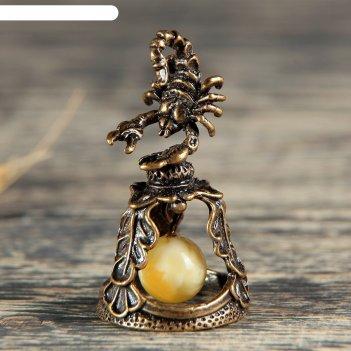 Колокольчик латунный знак зодиака. скорпион, янтарь