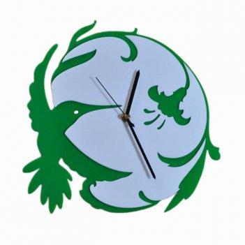 Часы настенные калибри из акрила зеленые