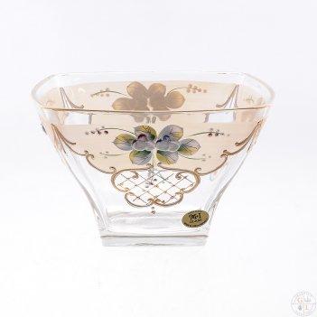 Конфетница белая bohemia uhlir 17 см