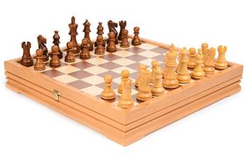 Шахматы и шашки, фигуры самшит и роз. дерево, король 8,2см, 36х36см индия