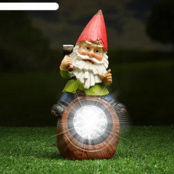 Садовый светильник гном на бревне на солнечной батарее, 20,4 см