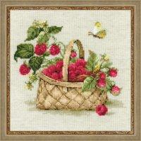 Набор для вышивания малина в лукошке