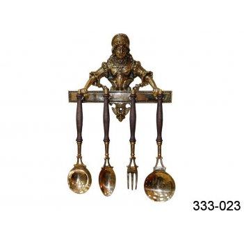 Набор столовых принадлежностей из 4 шт. длина=35/33/32/33 см. на держателе