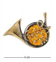 Am-1645 брошь тронбон (латунь, янтарь)