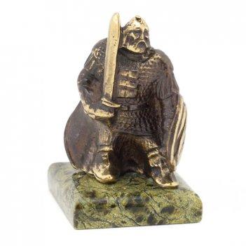 Статуэтка богатырь с мечом бронза змеевик