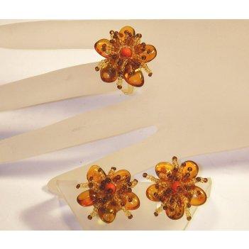 Кольцо - украшение из янтаря