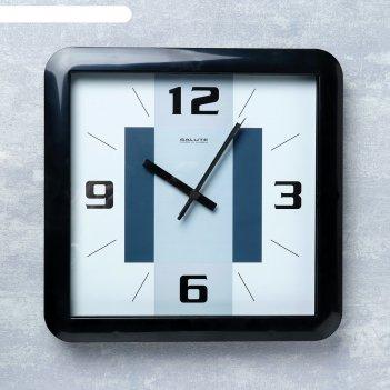 Часы настенные квадратура серые