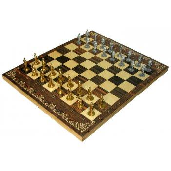 Шахматы исторические великая отечественная война с фигурами из покрашенн