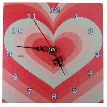 Часы настольные сердце 15*15см