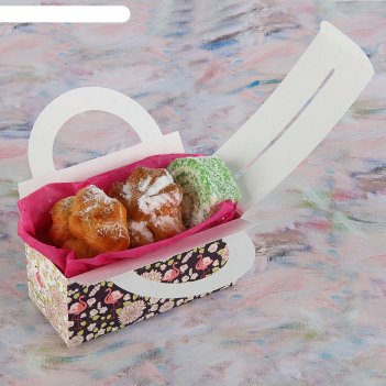 Коробка для сладостей белые хризантемы, 12 х 5.5 х 5.5 см
