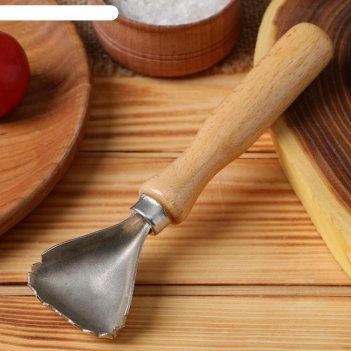 Рыбочистка с деревянной ручкой, лакированная