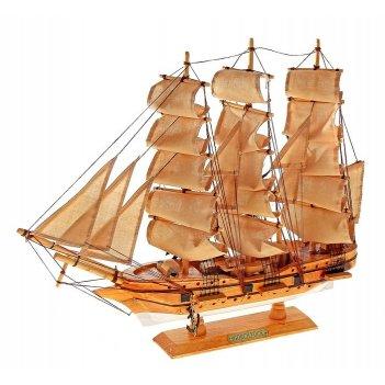 Корабль сувенирный средний - светлое дерево, каюты, якорь, три мачты, беже