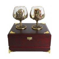 Набор из двух бокалов для коньяка «москва и россия» в деревянной шкатулке