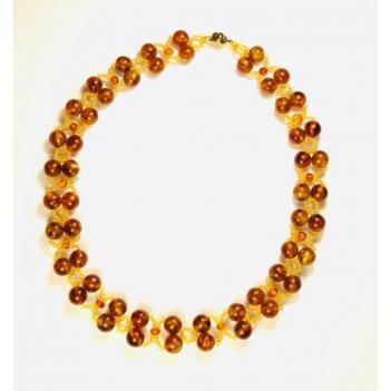 Ожерелье из балтийского янтаря и бисера