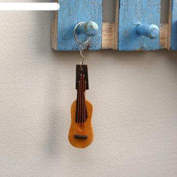 Брелок из дерева гитара 14х3х1 см