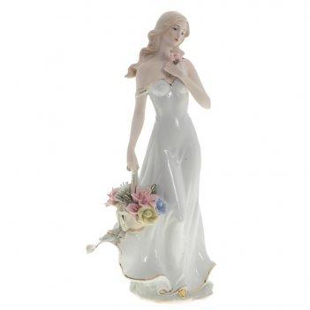 Фигурка декоративная девушка, h 34 см