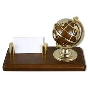 Визитница с глобусом