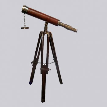Телескоп на  деревянной треноге