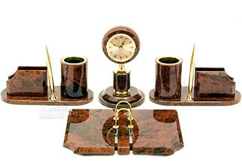 часы из обсидиана