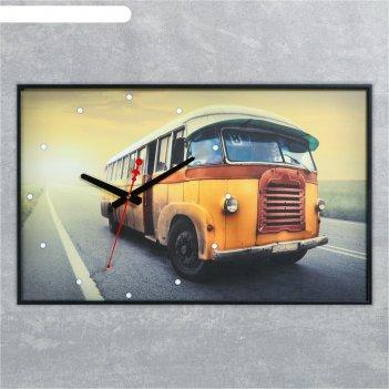 Часы-картина настенные прямоугольные старый автобус, 37х60 см