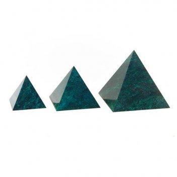 Пирамида 70х70 мм камень змеевик