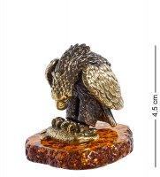 Am-1242 фигурка орел с рыбой (латунь, янтарь)