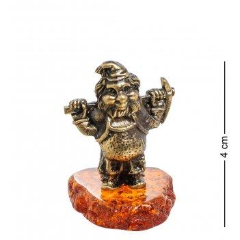 Am-1512 фигурка гном с киркой (латунь, янтарь)