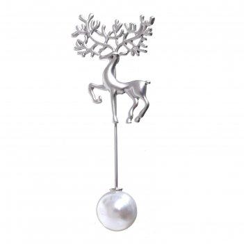 Булавка олень с бусиной, 8 см, цвет белый в серебре