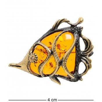 Am-1862 брошь рыбка дори (латунь, янтарь)