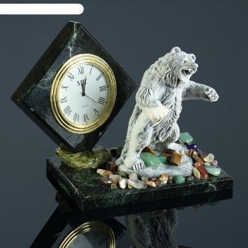 часы из змеевика