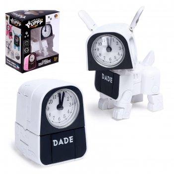 Трансформер-часы щенок, трансформируется в будильник, работает от батареек