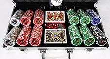 Ultimate 300 silver - профессиональный набор для покера