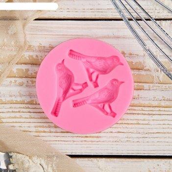 Молд 6,5х1,1 см три птицы, цвет розовый