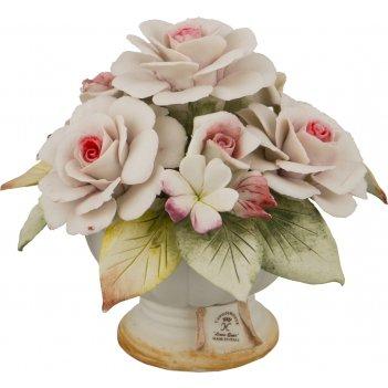 Декоративная корзина с цветами розы 15*15*13 см.
