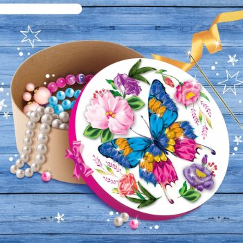 Вышивка лентами по шкатулке бабочка