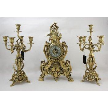 Каминные часы с канделябрами венера