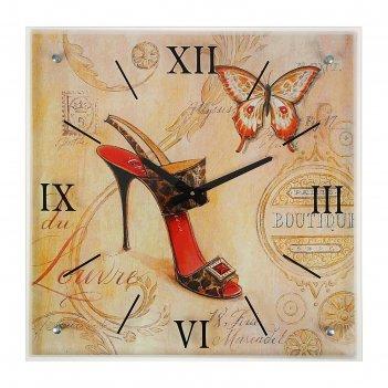 Часы настенные прямоугольные каблучок, 50х50 см  микс