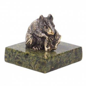 Сувенир крыса с сыром змеевик бронза 35х35х35 мм 70 гр.