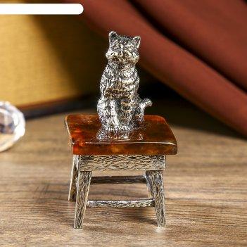 Сувенир из бронзы и янтаря котенок в офисе 6 см