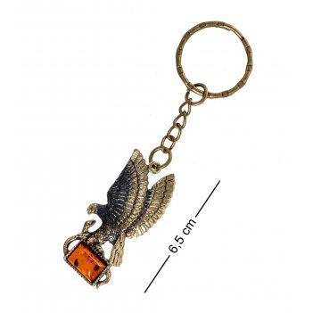 Am- 858 брелок орел со змеёй (латунь, янтарь)