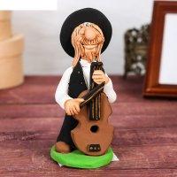 Статуэтка еврей - музыкант с контрабасом