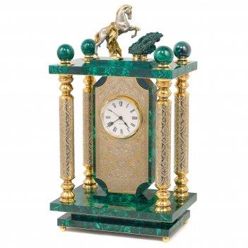 Часы конь с попоной малахит