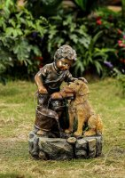 Фонтан для дачи  мальчик и собака