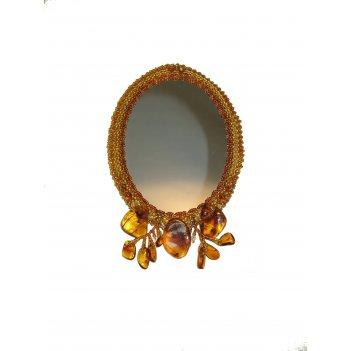 Дамское зеркало из янтаря