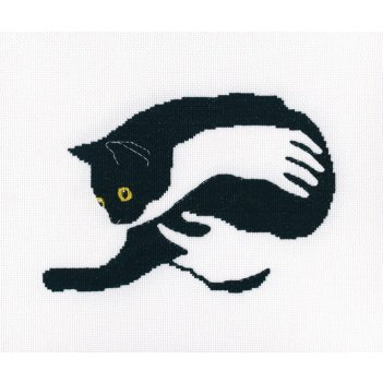 Набор для вышивания крестом среди черных котов