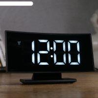 Часы-будильник электронные с календарем и термометром, белые цифры 17х9х4